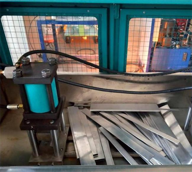 aluminum tube testing machine